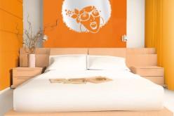 15 уникальных и интересных стен спальни