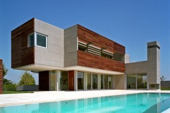 Residence in Larissa by Potiropoulos D+L Architects