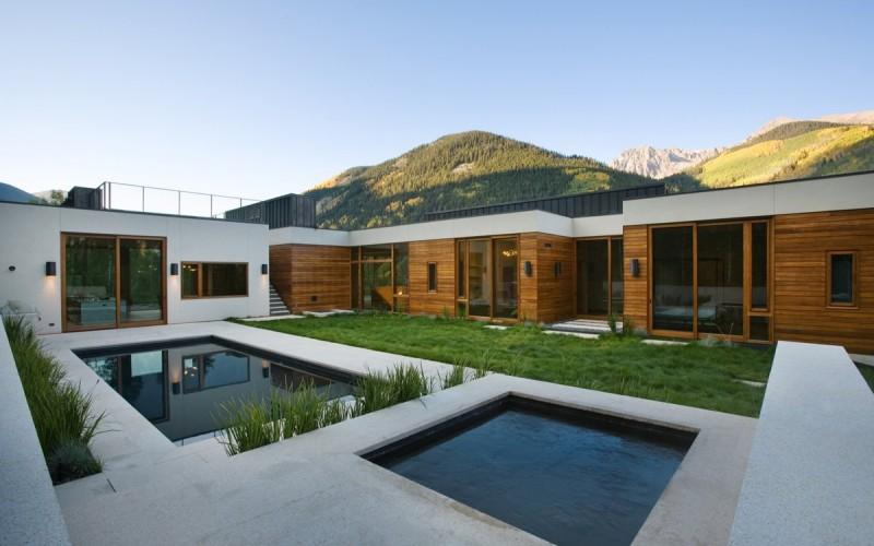 Линейный дом в Аспене, штат Колорадо.