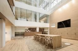 Реконструкция и дизайн интерьеров офисов  нотариальное бюро, расположенных в Гааге, Нидерланды.