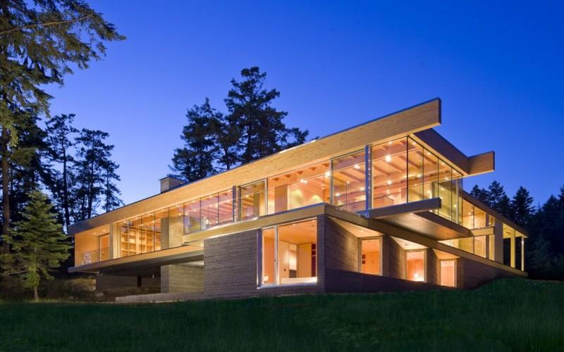 Резиденция расположенна в Британской Колумбии, Канада.