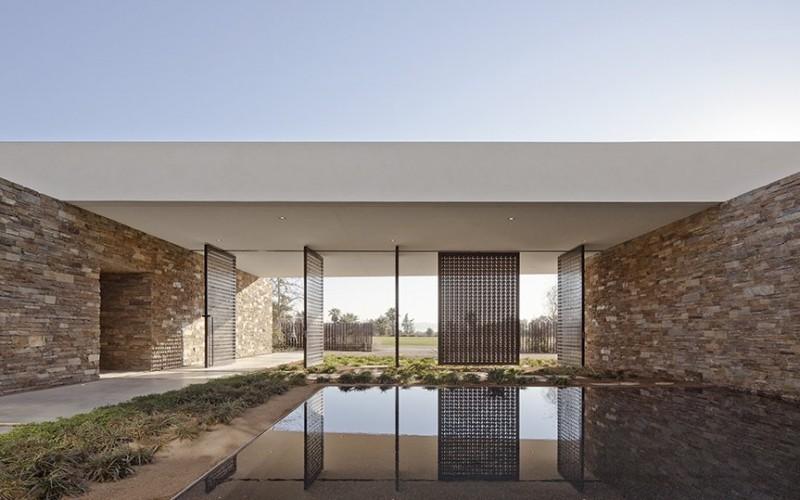 Madisonhouse, расположенный в La Quinta, Калифорния.