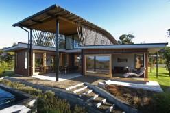 Этот дом для семьи в Ngunguru, Новая Зеландия.