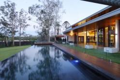 Дом назван как одно Wybelenna в Брисбене, Австралия.