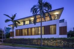 Солнечный дом  расположен в Сингапуре.