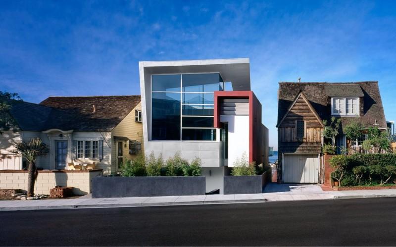 Жилой сказочный дом