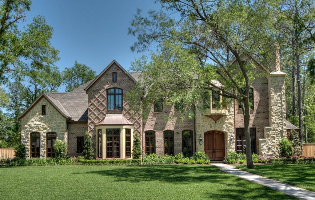 tudor-style-exterior-architecture