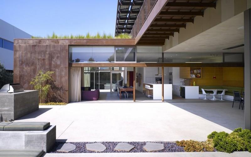 Инь-Ян Дом в Венис-Бич, Калифорния.