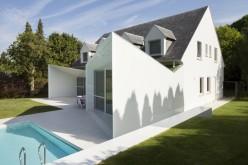 Резиденция с бассейном в Wemmel, Бельгии