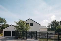 Обильный естественный свет и отдых: Кирпичный дом в Швеции