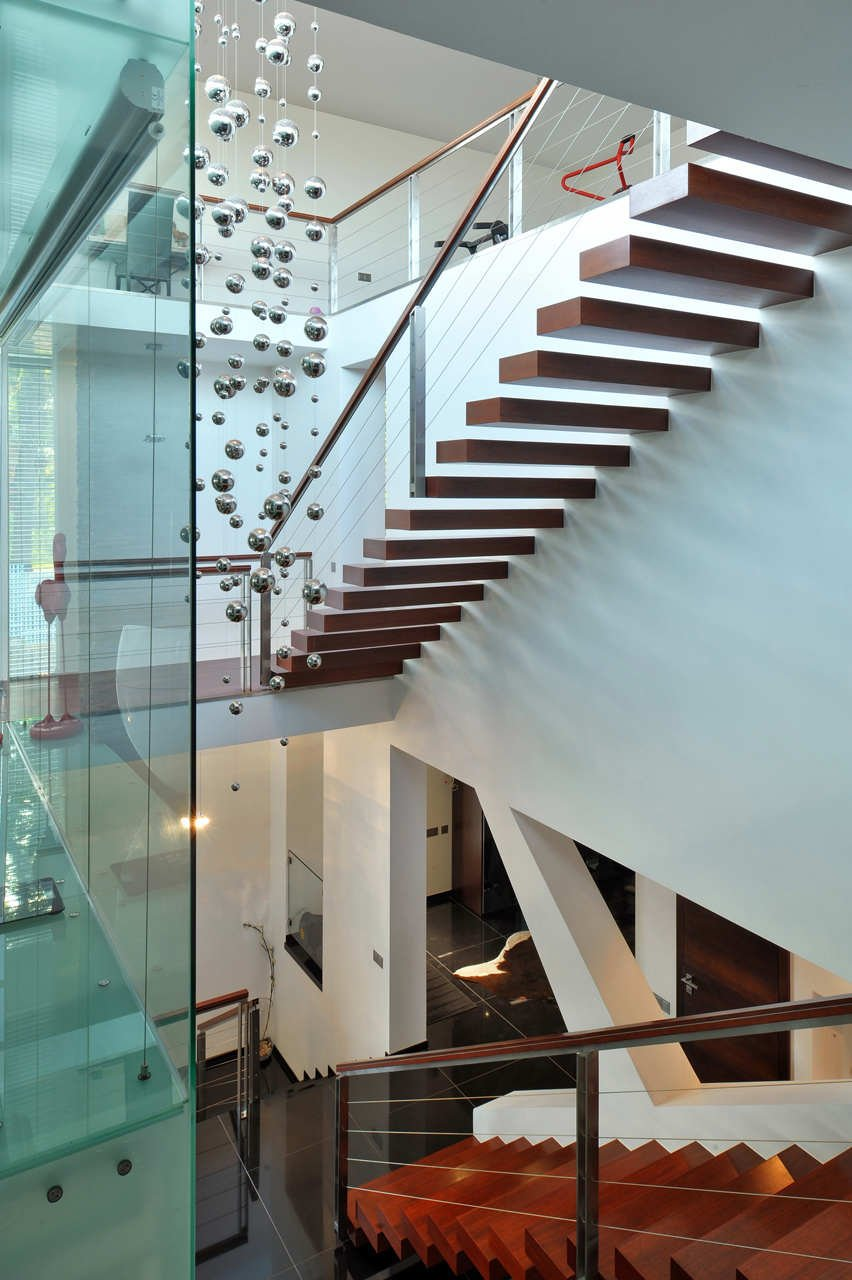 Дизайн лестничного пролета в доме