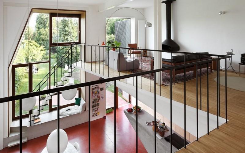 НУ Architectuuratelier провели реконструкцию дома в Левене, Бельгия.