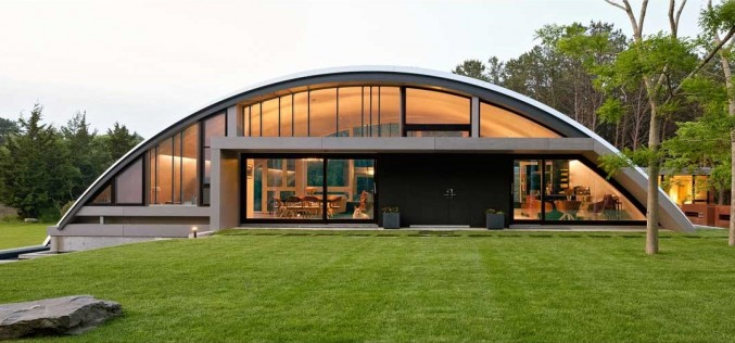 Arc House by Maziar Behrooz Architecture