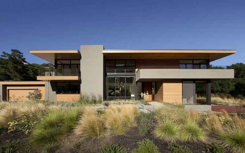 Современный дом с террасами