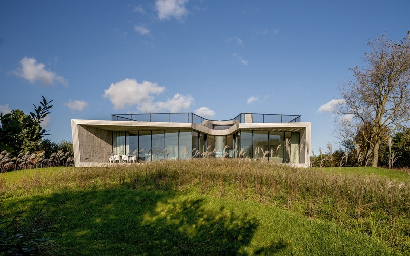 UNStudio Design A Home With Panoramic Views Of The Dutch Landscape