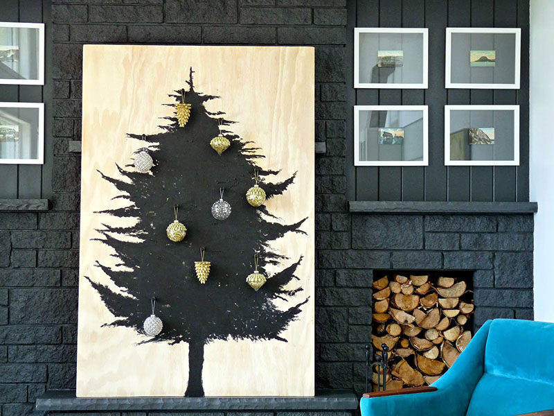 Christmas Decor Ideas - 14 DIY Alternative Modern Christmas Trees // This Scandinavian inspired DIY Christmas tree is pretty easy to create and creates a dramatic look.