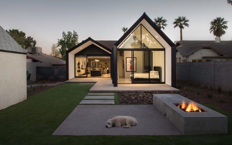 Современный обновления и расширения для дома 1930-х годов в Фениксе, штат Аризона