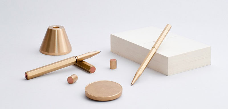 40 Awesome Gift Ideas For Architects And Interior Designers // Brass writing accessories