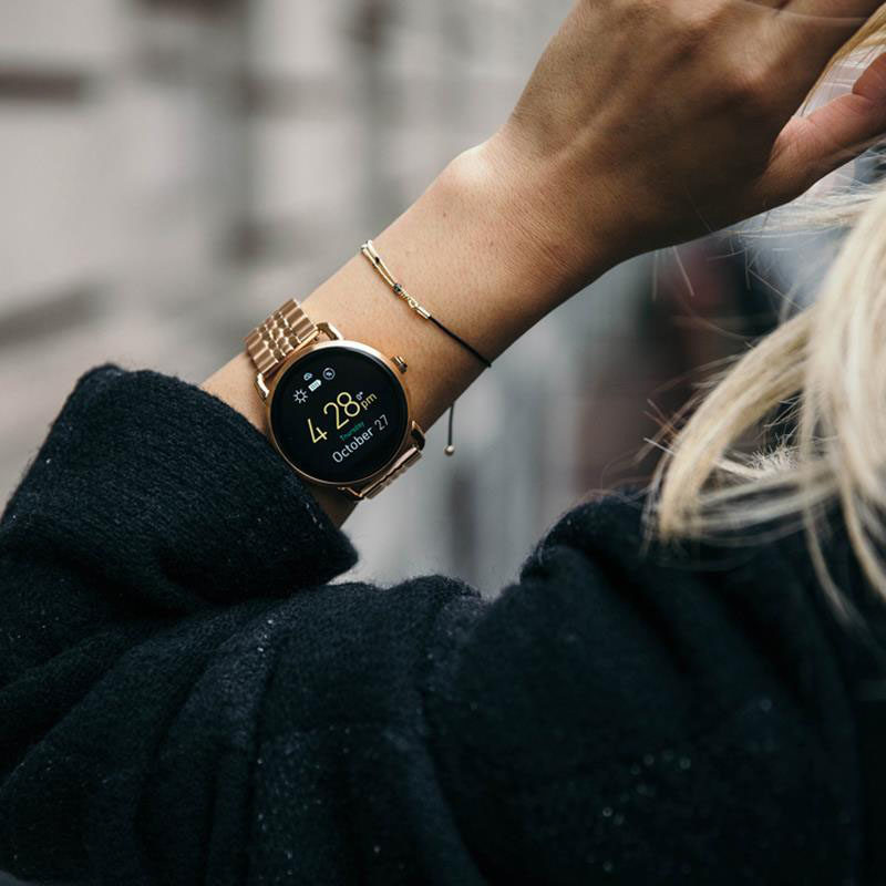 The Ultimate Gift Guide For The Modern Woman (40 Ideas!) // A smart watch with a city chic look will help keep track of all of her notifications, keep her on time, and make her busy life that much more organized.