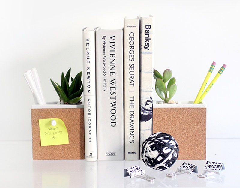 Desk Organization Ideas - 6 Easy Ways You Can Organize Your Desk To Make It More Inviting // Have your writing utensils organized and easy to find.
