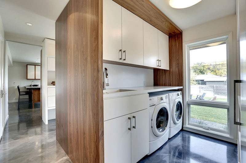 7 Laundry Room Design Ideas To Incorporate Into Your Own Laundry // Counter space for sorting and folding