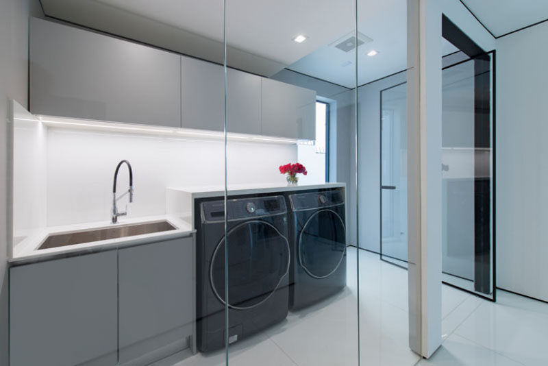 7 Laundry Room Design Ideas To Incorporate Into Your Own Laundry // Sink for deep soaking clothes