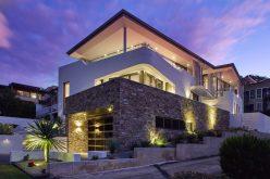 Этот дом был спроектирован так, что он может быть либо один большой дом или два отдельных подразделения