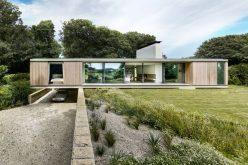 Этот Современный Дом В Англии Призван Жить Низко На Земле