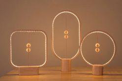 Этот новый светильник имеет нетрадиционный способ его включения и выключения