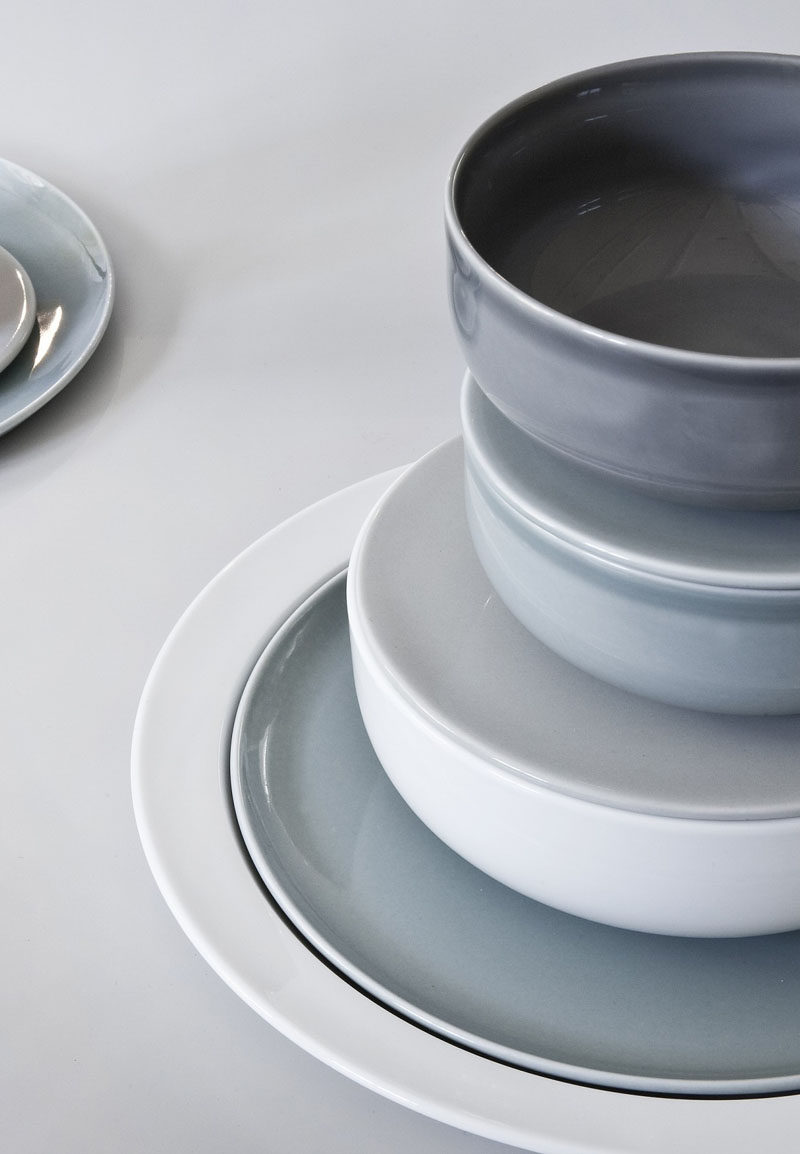 Home Decor Ideas - 6 Ways To Include Ceramic In Your Interior // Ceramic plates with a glossy finish and in muted colors add a little something extra to the dinner table.