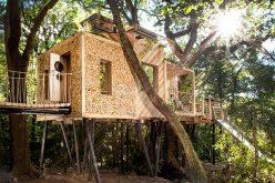Этот удивительный отель treehouse был предназначен для взрослых на отдыхе