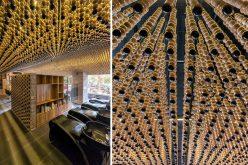 Потолок Дизайнерских Идей – 200,000 Деревянные Бусины Покрыть Потолок В Этой Парикмахерской
