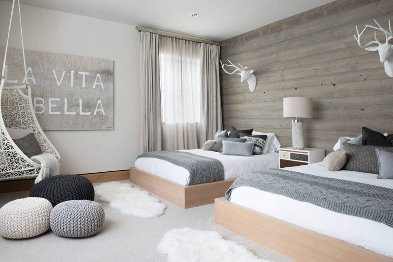5 Simple White Bedroom Decor Ideas To Use In Your Home // Sheepskin Rug - While these come in a wide range of colors, a bright white one by far has the most luxurious look to it.